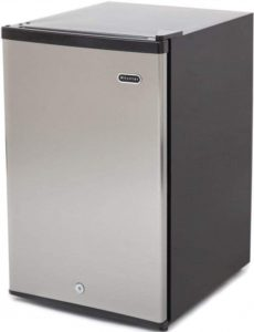 1. Whynter CUF-210SS Upright Freezer